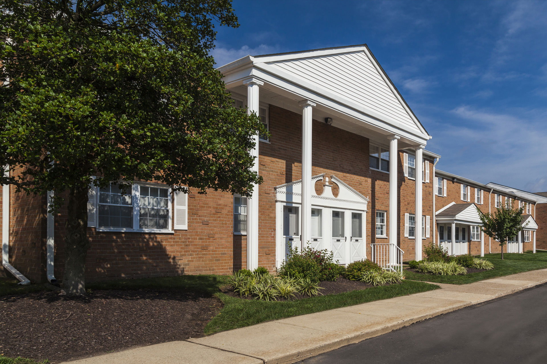 Orangewood Park Apartments in Levittown, PA